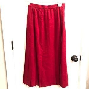 VTG red wool pleated skirt